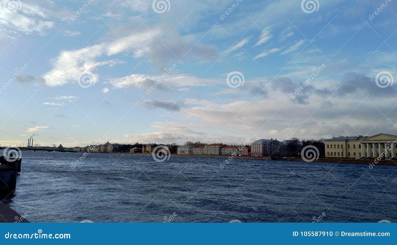 Majestatyczny Petersburg