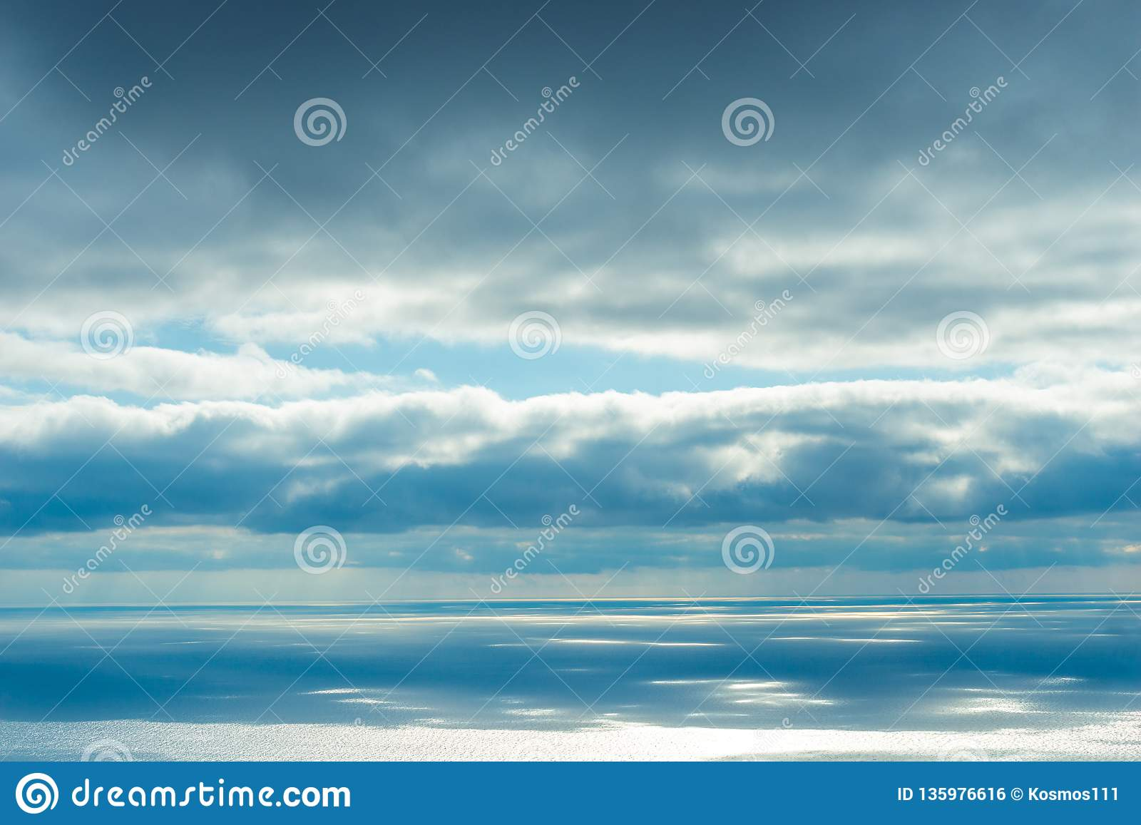 The majestic sky and sea, the view of the horizon