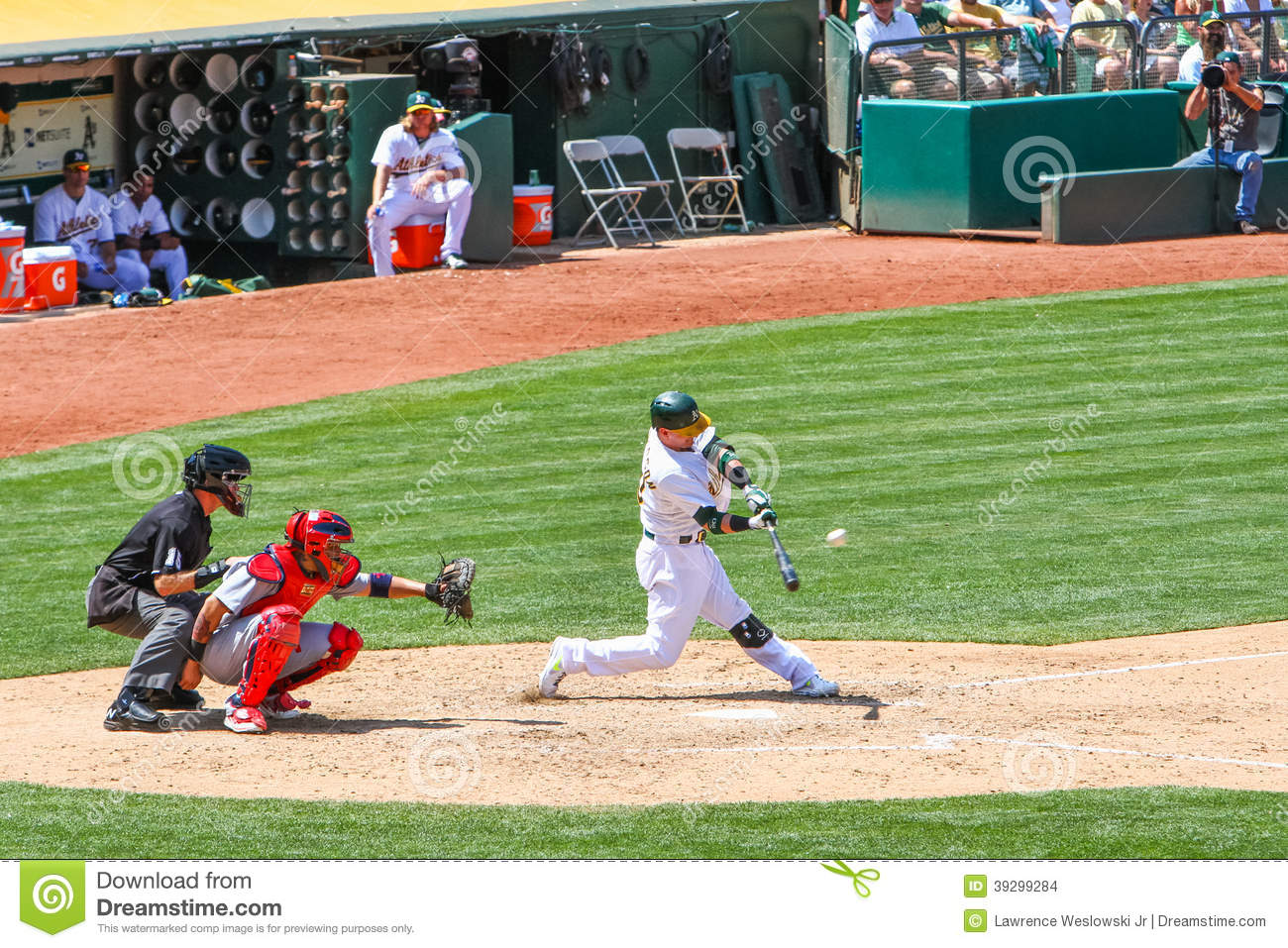 Major League Baseball - Homerun Swing