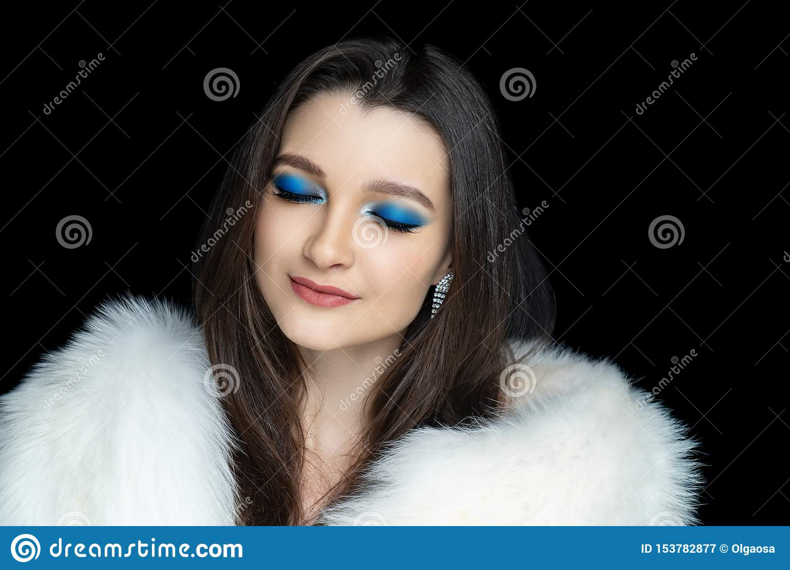 Make up glossy blue eyeshadows closed eyes