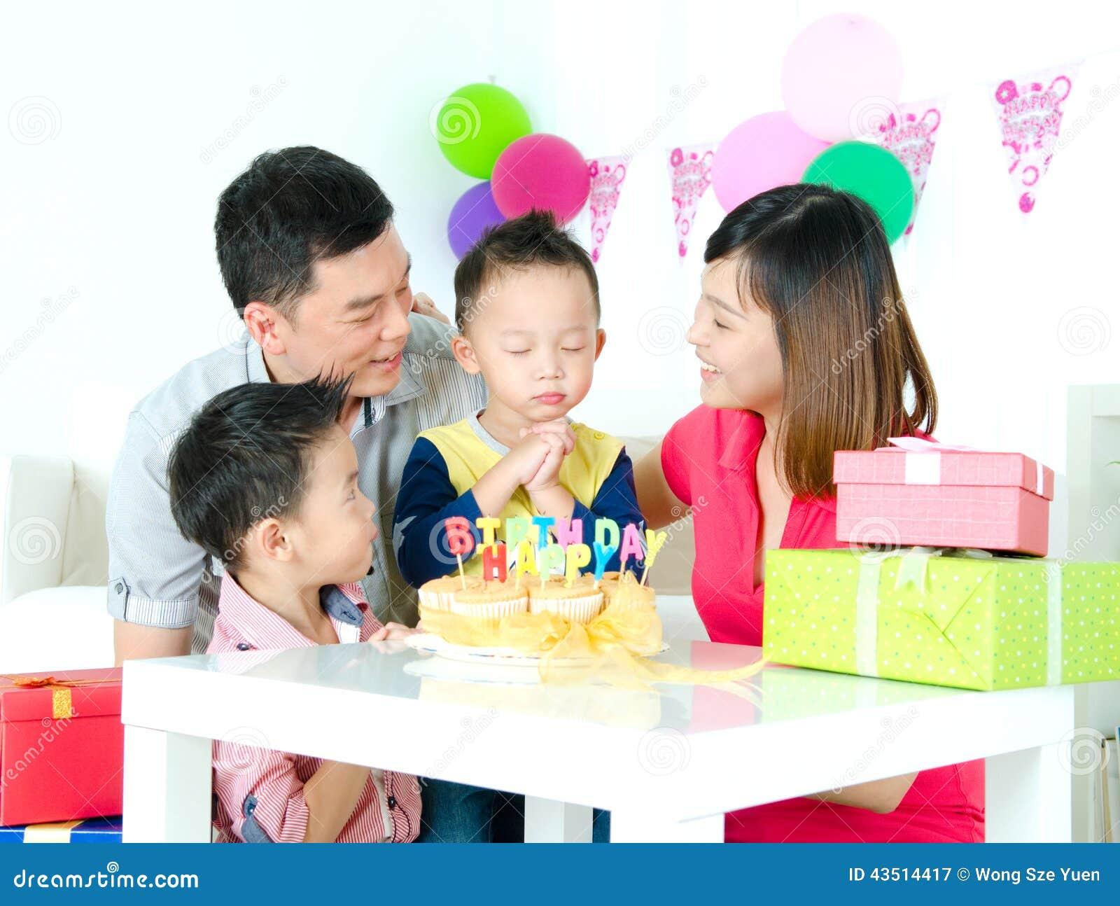 Make A Wish Stock Image Image Of Family Celebrating