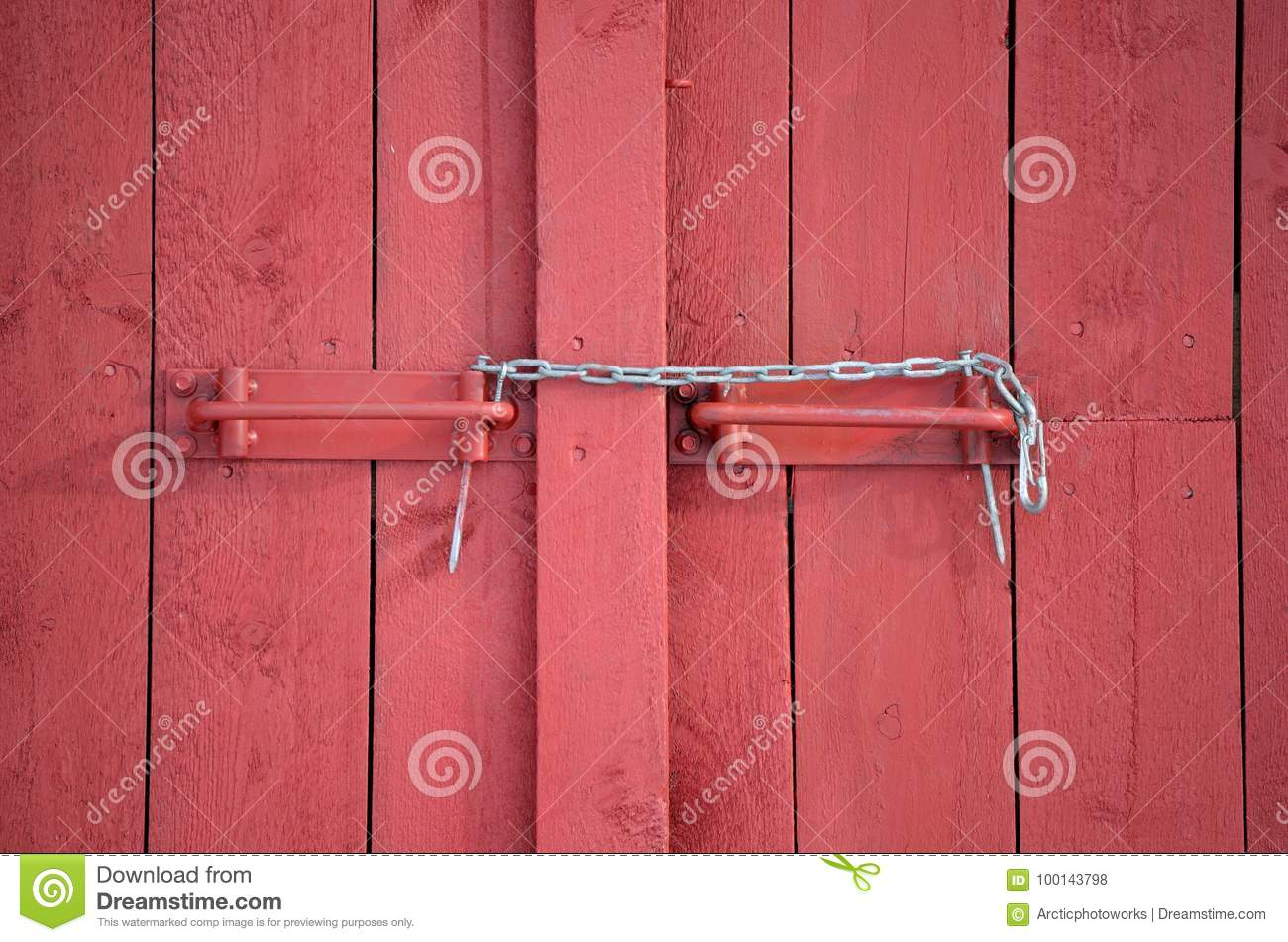 Royalty-Free Stock Photo. Download Makeshift Chain Lock ... & Makeshift Chain Lock On Red Barn Door Stock Photo - Image: 100143798 pezcame.com
