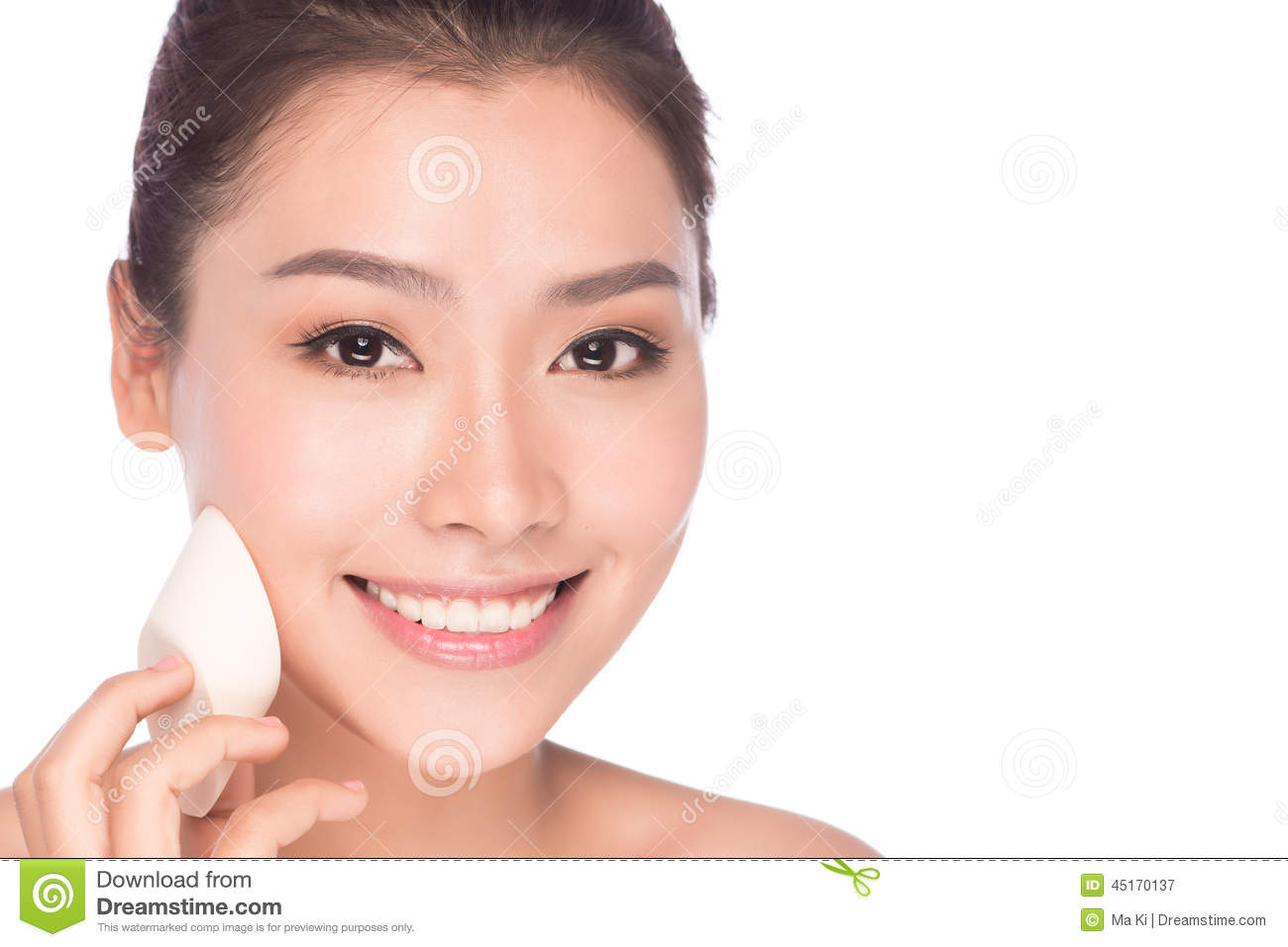 apply asian makeup