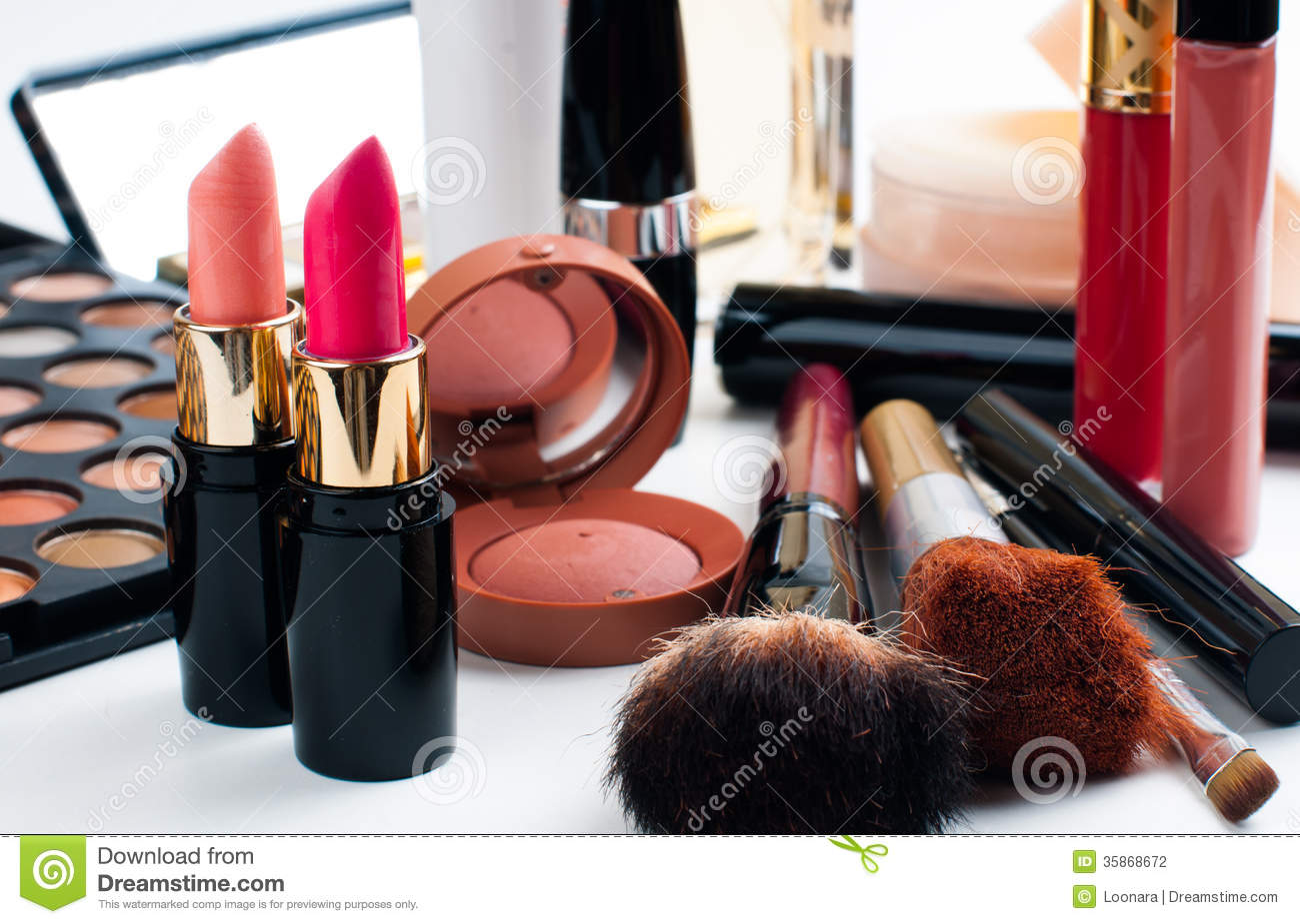 Set of makeup