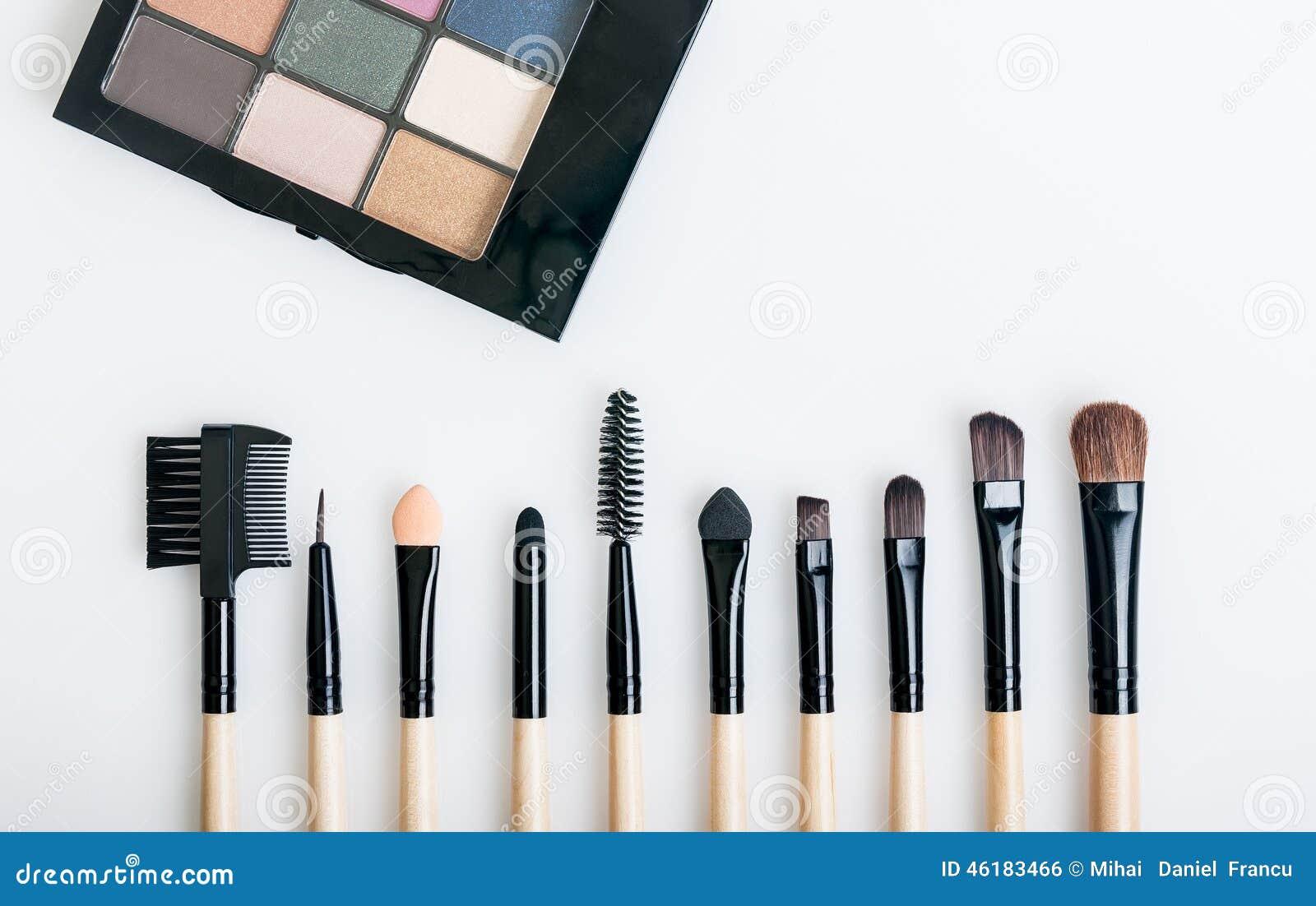Makeup muśnięcia