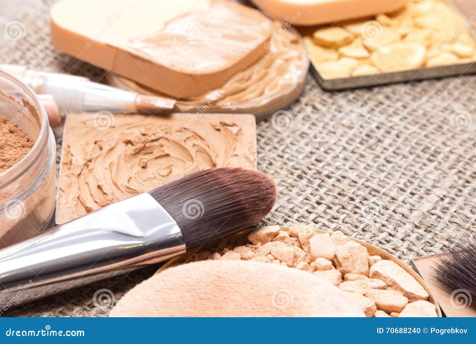 Makeup produkty parzysty, równy skóry brzmienie, cera i