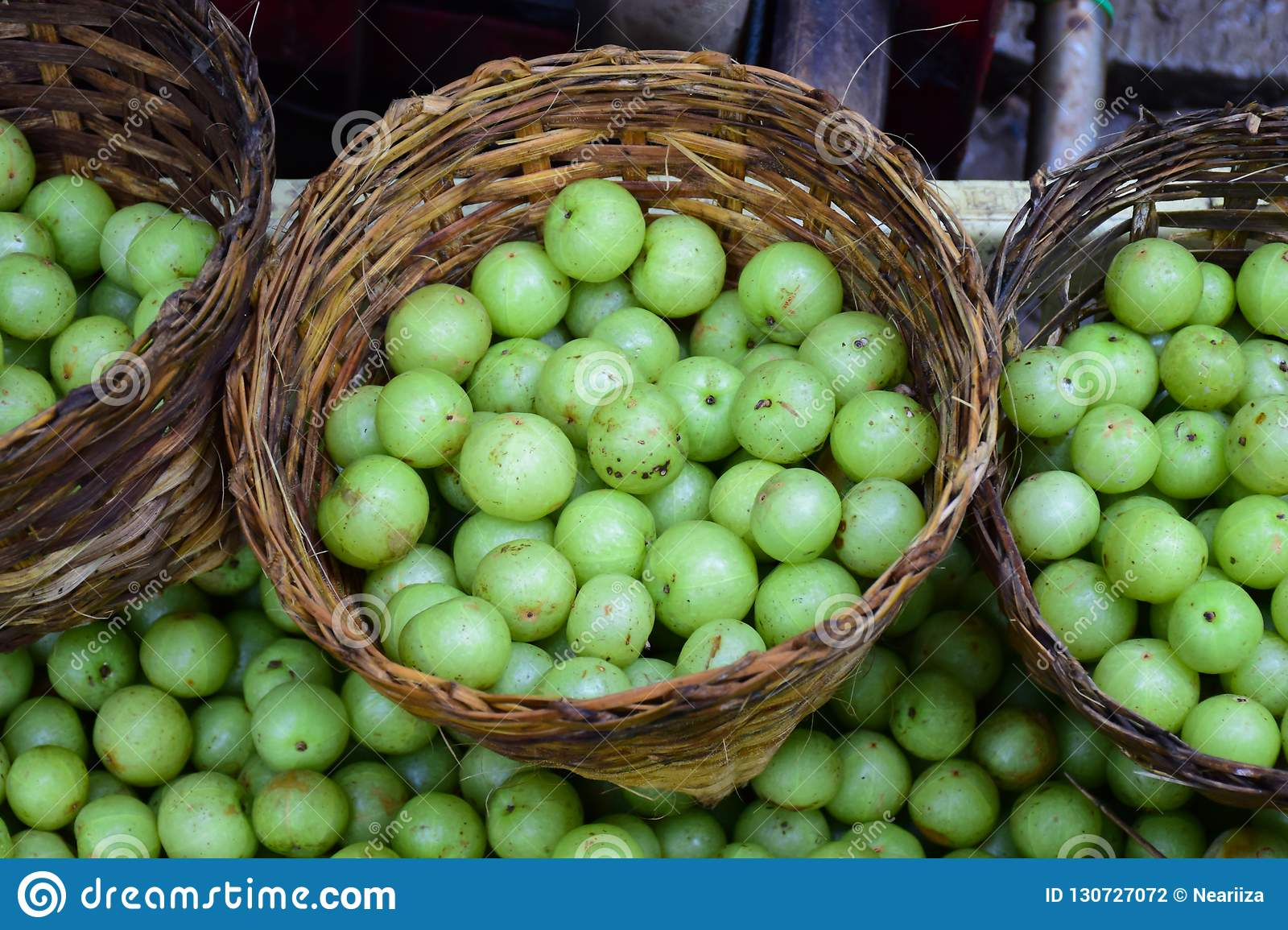 Makhampom or Indian gooseberry.