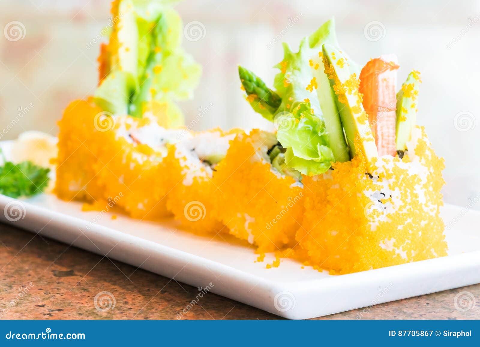 Maki de sushi de la Californie