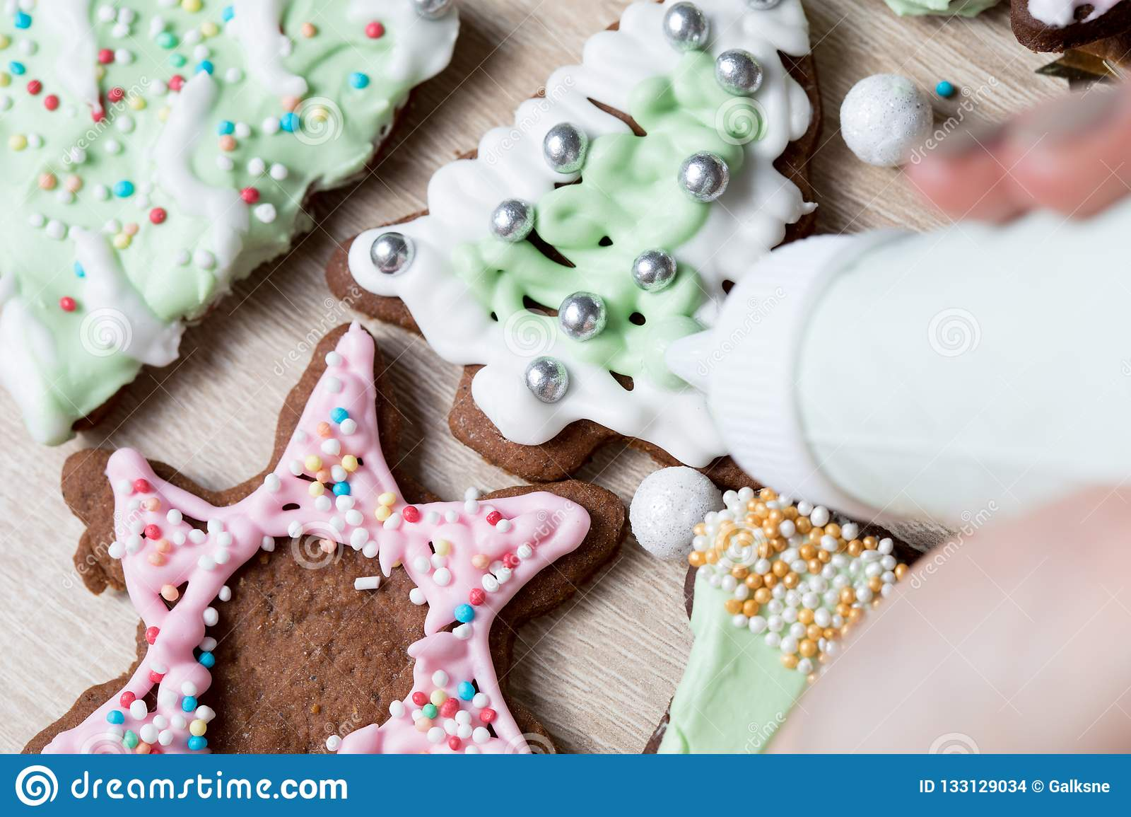 Making Christmas Gingerbread Cookie Decorating,cutting ...