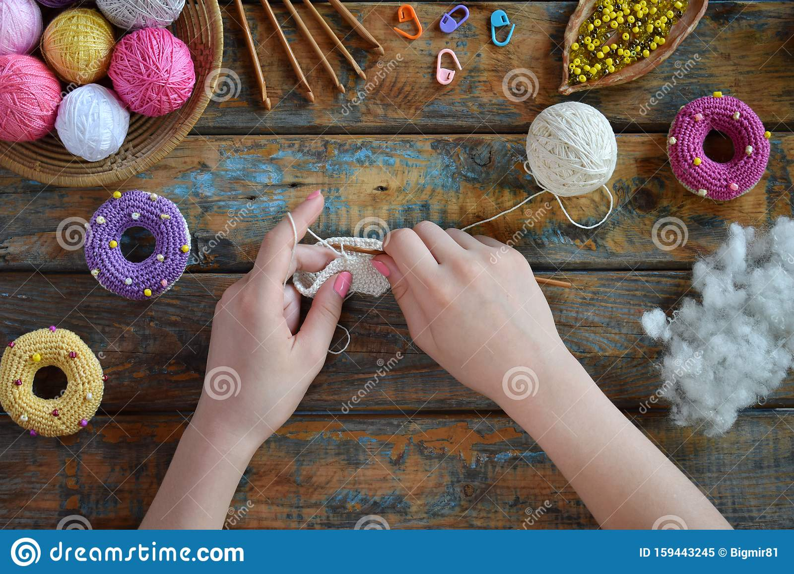 Happy Cotton Book 7 Seasonal Bunting Amigurumi Crochet Patterns Sirdar   1155x1600