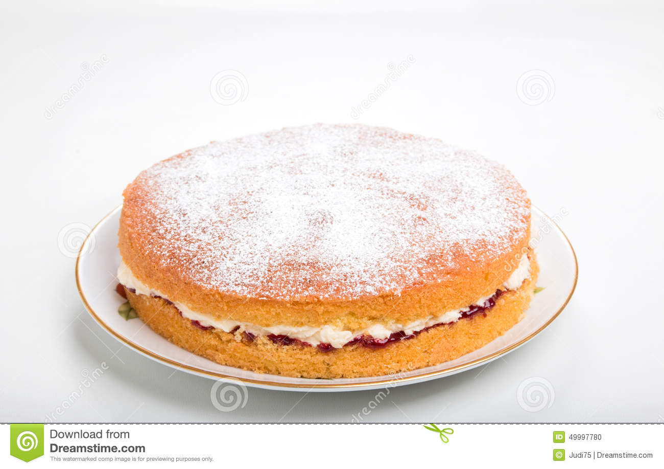 Cake With Icing Sugar : Making Sponge Cakes, Finished Cake On A Plate With Sifted ...