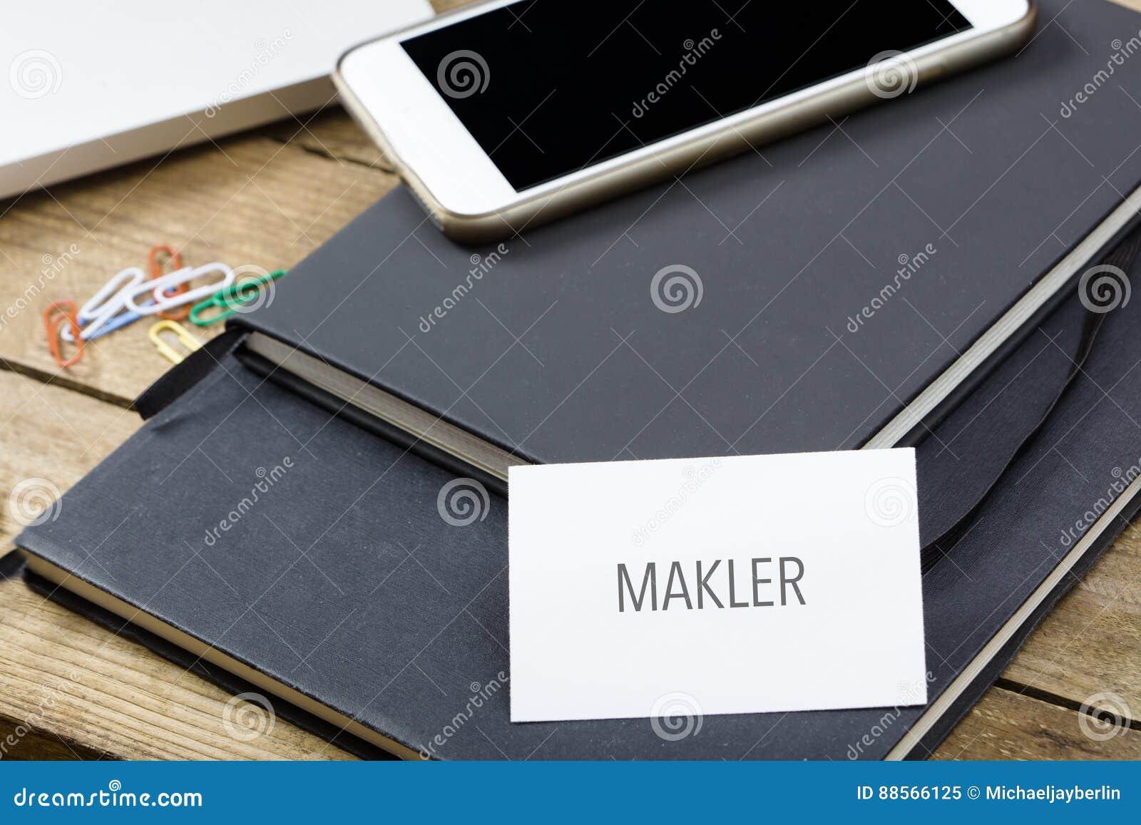 Makler Texte Allemand Pour Lagent Immobilier Carte De Visite Professionnelle Sur Le Bureau Avec Des Carnets Appareils Electroniques