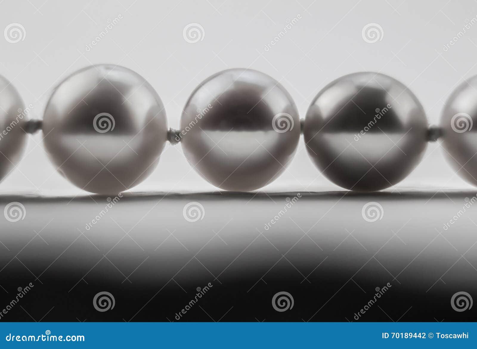 Makrofoto av tre pärlor