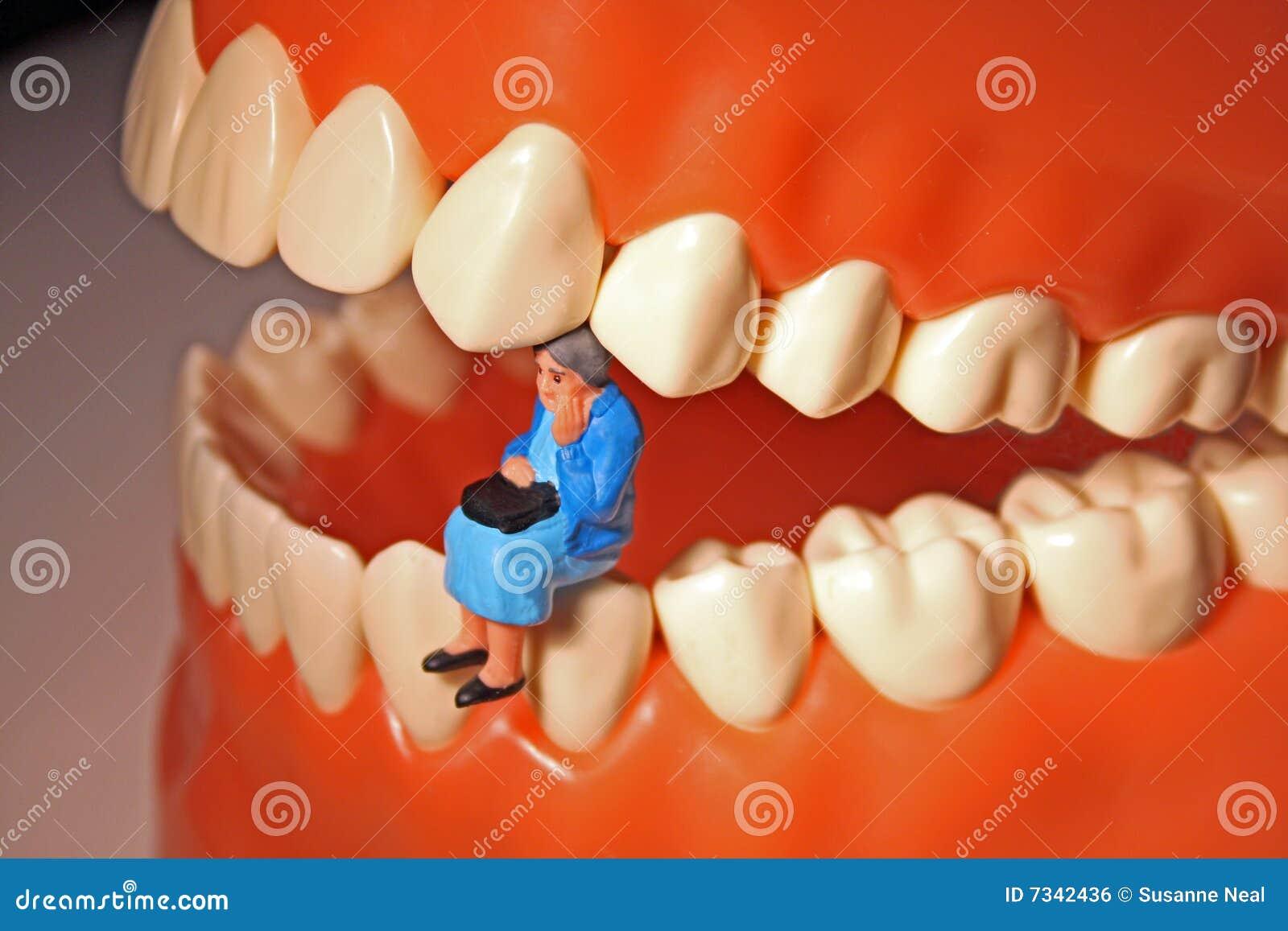 mal de dents ou douleur de dent image libre de droits image 7342436. Black Bedroom Furniture Sets. Home Design Ideas