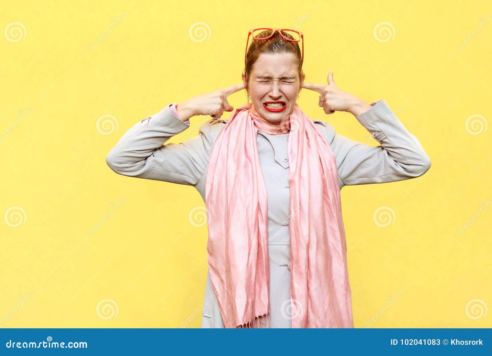 Mal de tête ou douleur Je ne veux pas avoir de vos nouvelles ! Genièvre agressif