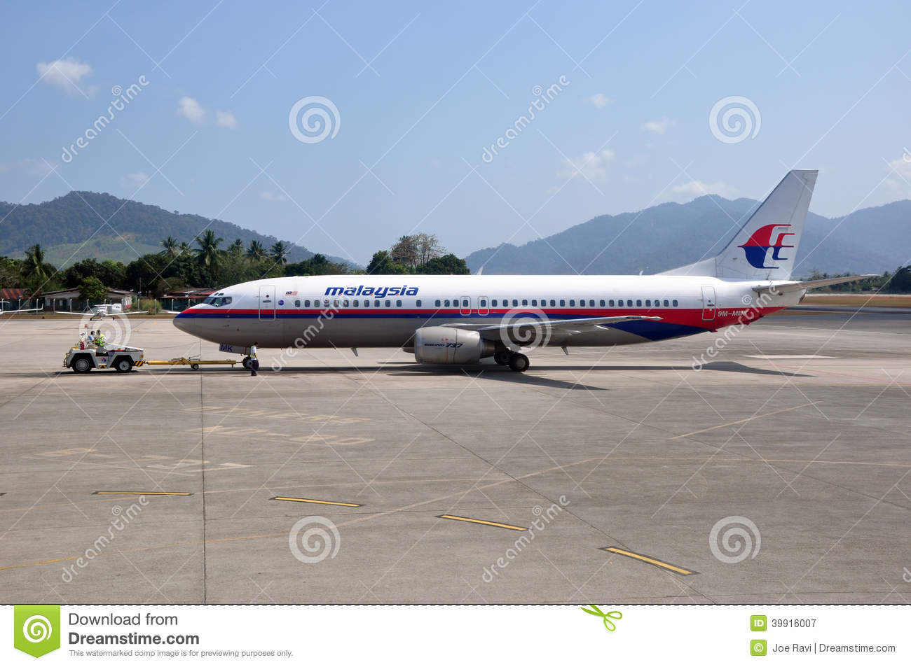 Malaysia Airlines Boeing 737