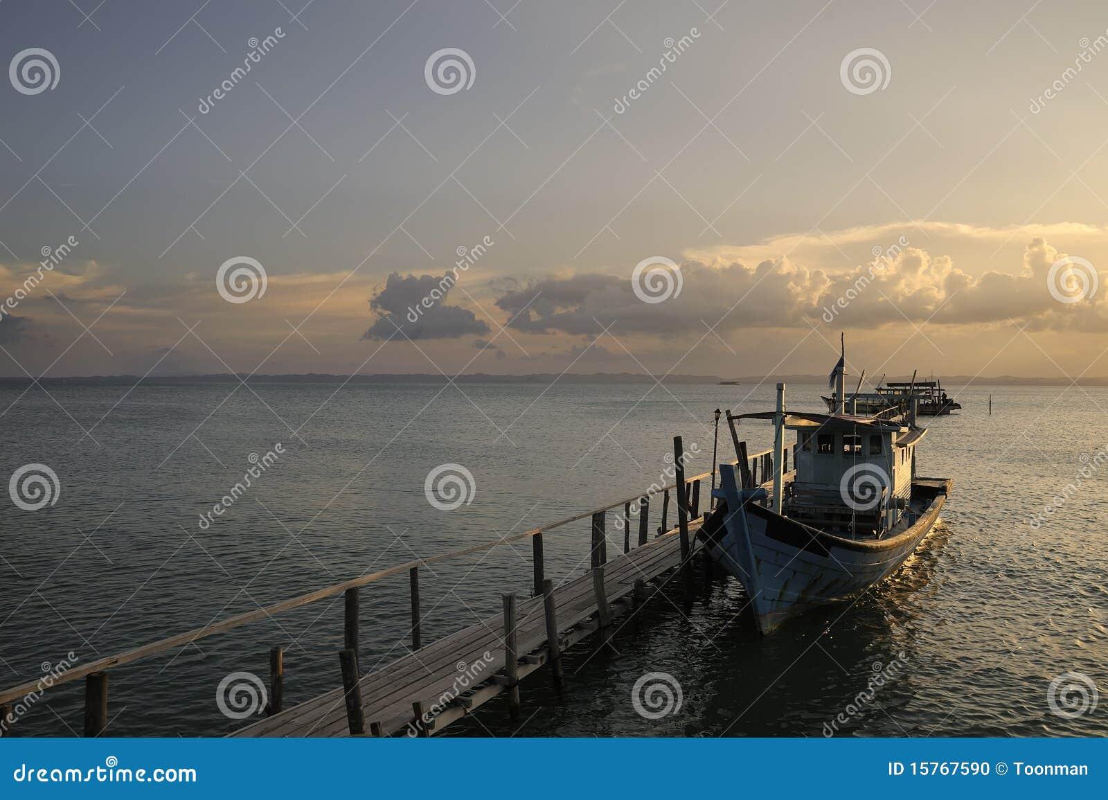 Sibu Island Malaysia  city images : ... Pulau Sibu Island lies 12km off the South East coast of Malaysia