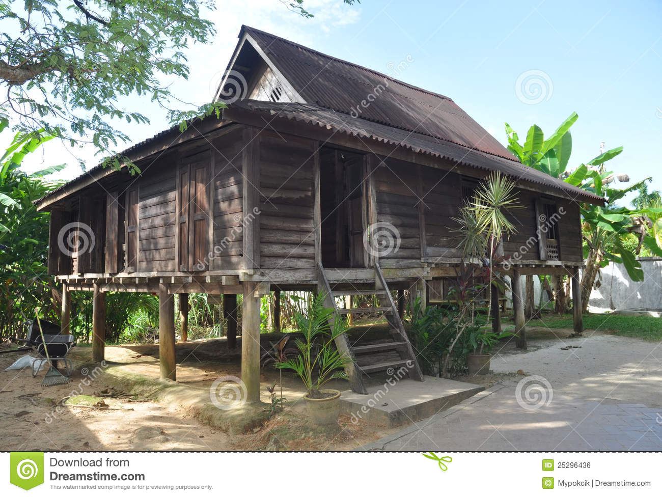 superb wooden house in malaysia 16