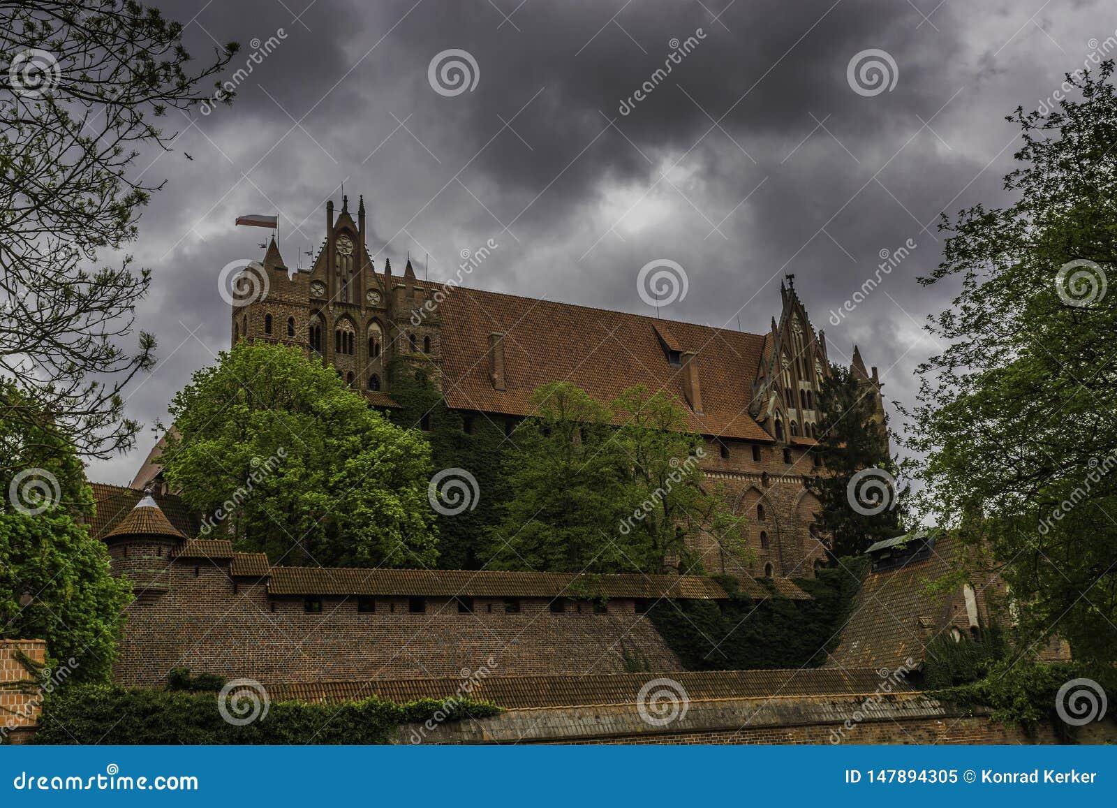 Malbork ein starkes Teutonic Schloss ?ber dem Nogat