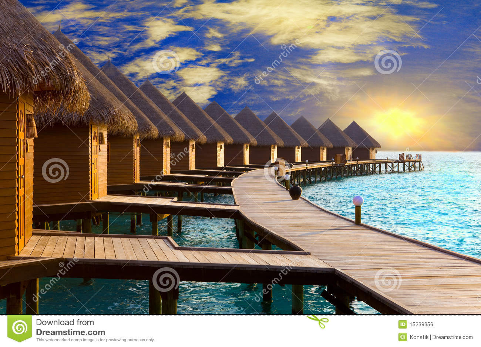 Maldives. Chalet en pilas en el agua en ese entonces su