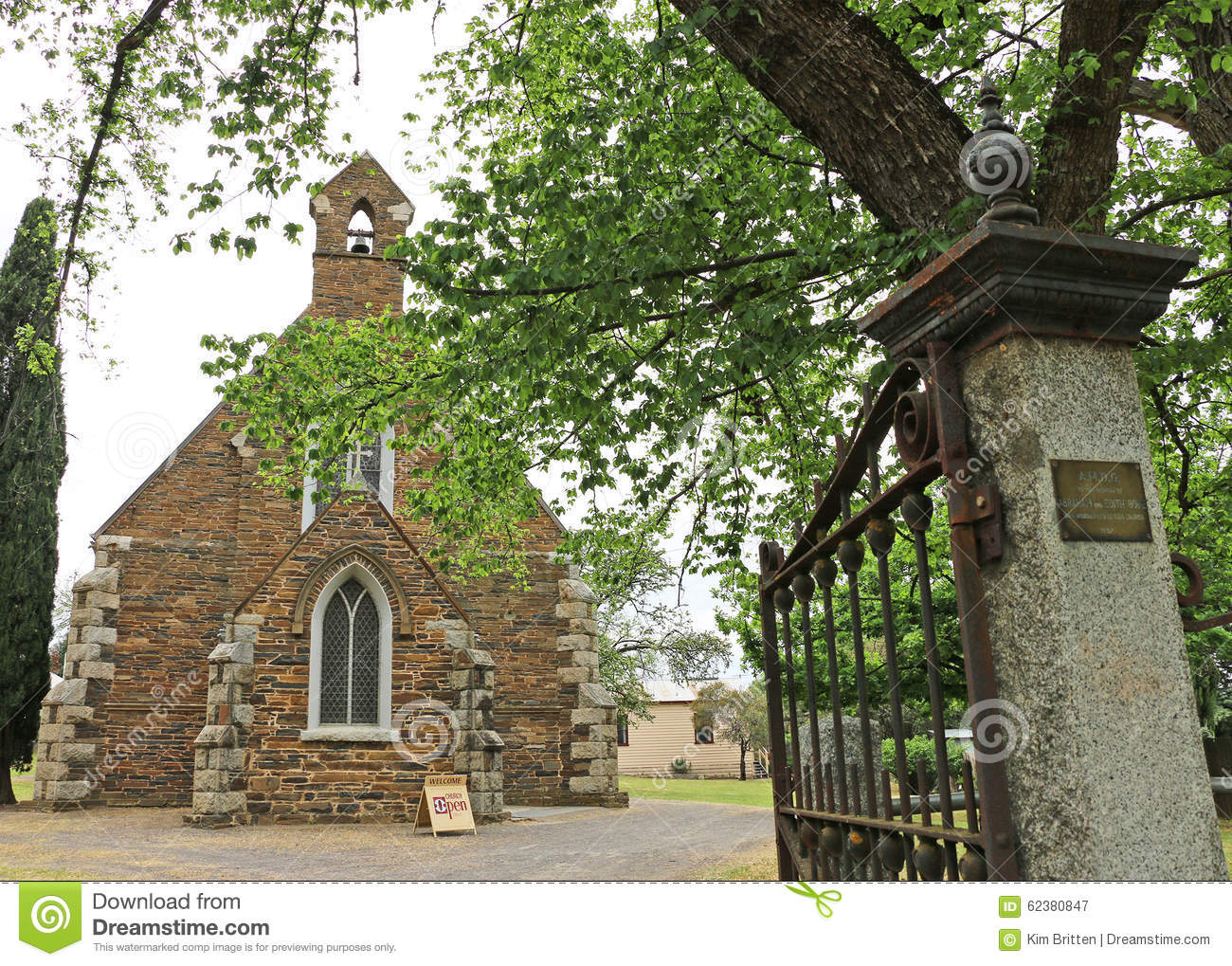 Maldon s heritage-listed Holy Trinity Anglican Church (1861) is a Gothic Revival structure of local schist and grey granite