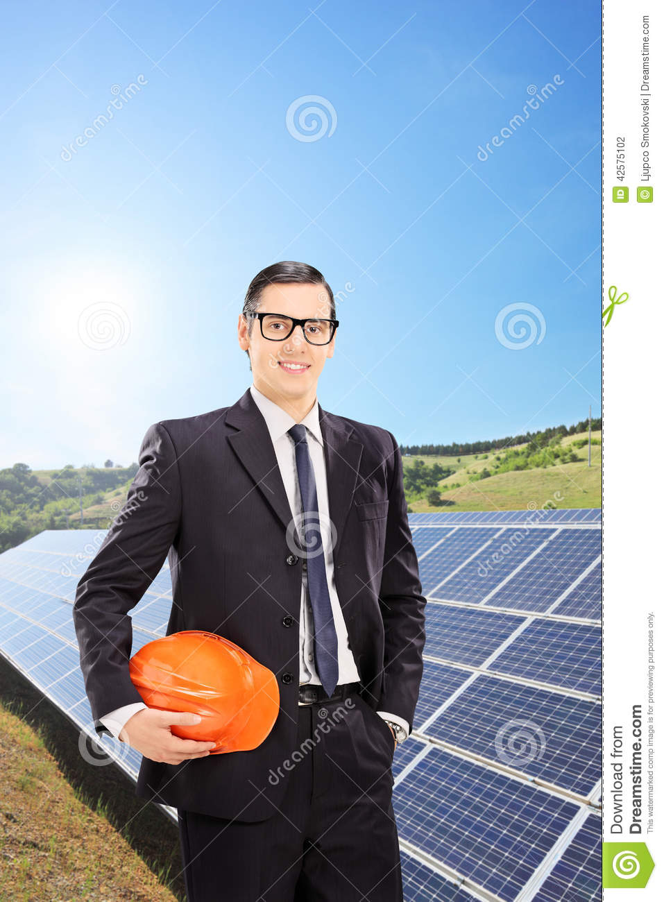 how to become a solar engineer