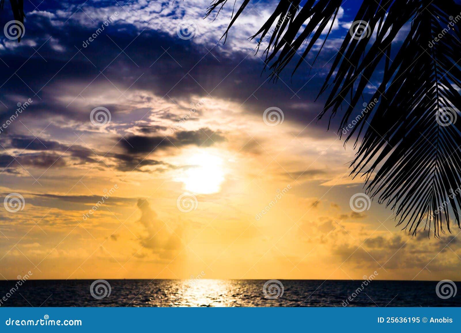 Maledivischer Sonnenuntergang