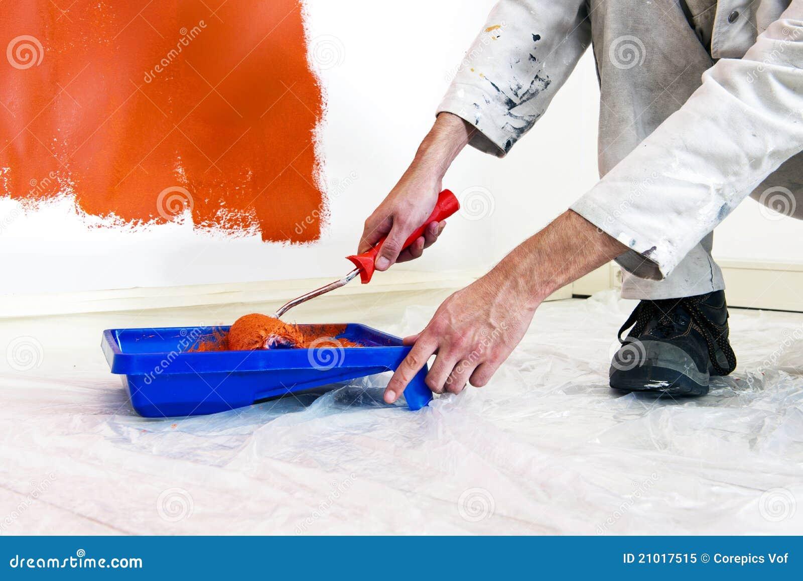Maler bei der arbeit  Maler Bei Der Arbeit Lizenzfreies Stockfoto - Bild: 21017515
