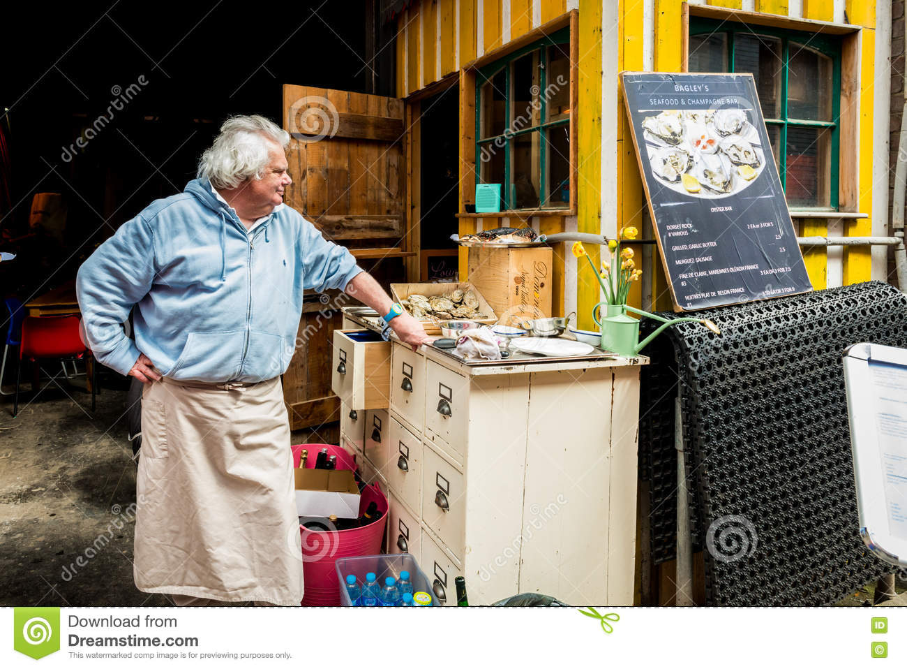 Maltby Street Market In Bermondsey Editorial Image - Image of