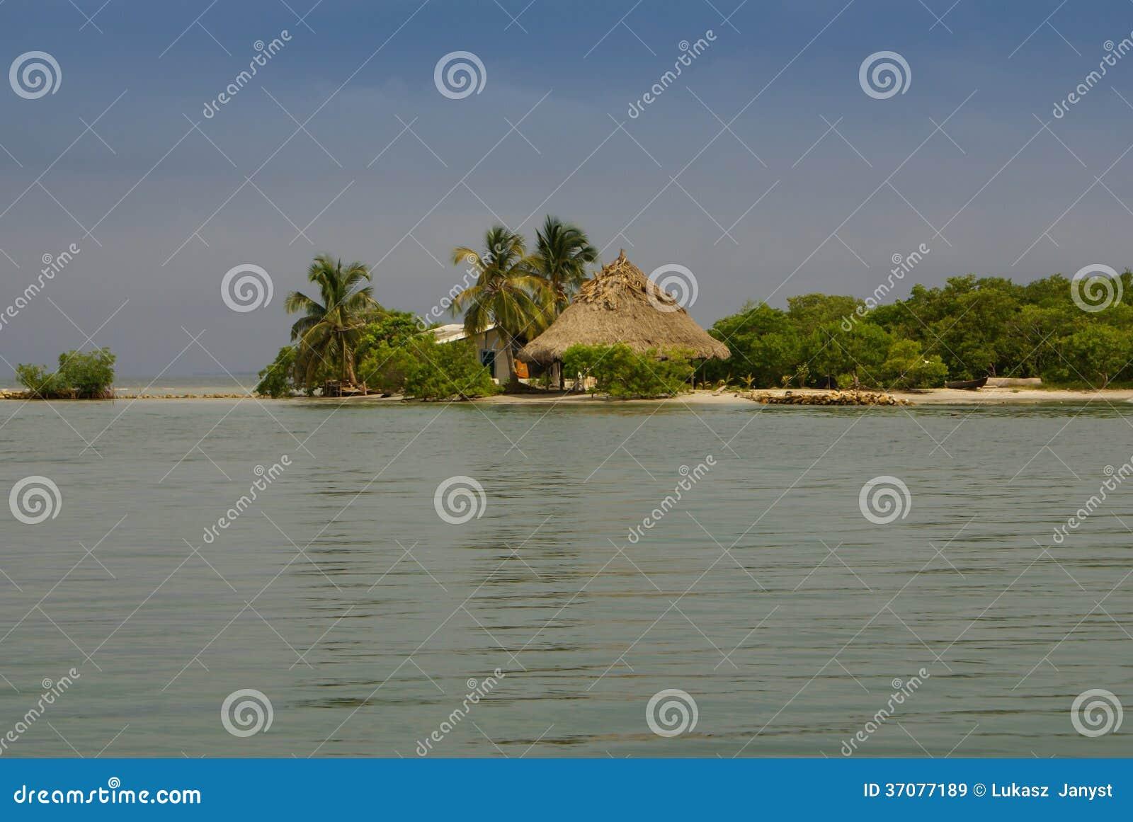 Download Malutka Wyspa W Karaibskim Archipelagu San Bernardo Blisko Tolu, Kolumbia Obraz Stock - Obraz złożonej z kolorowy, historia: 37077189