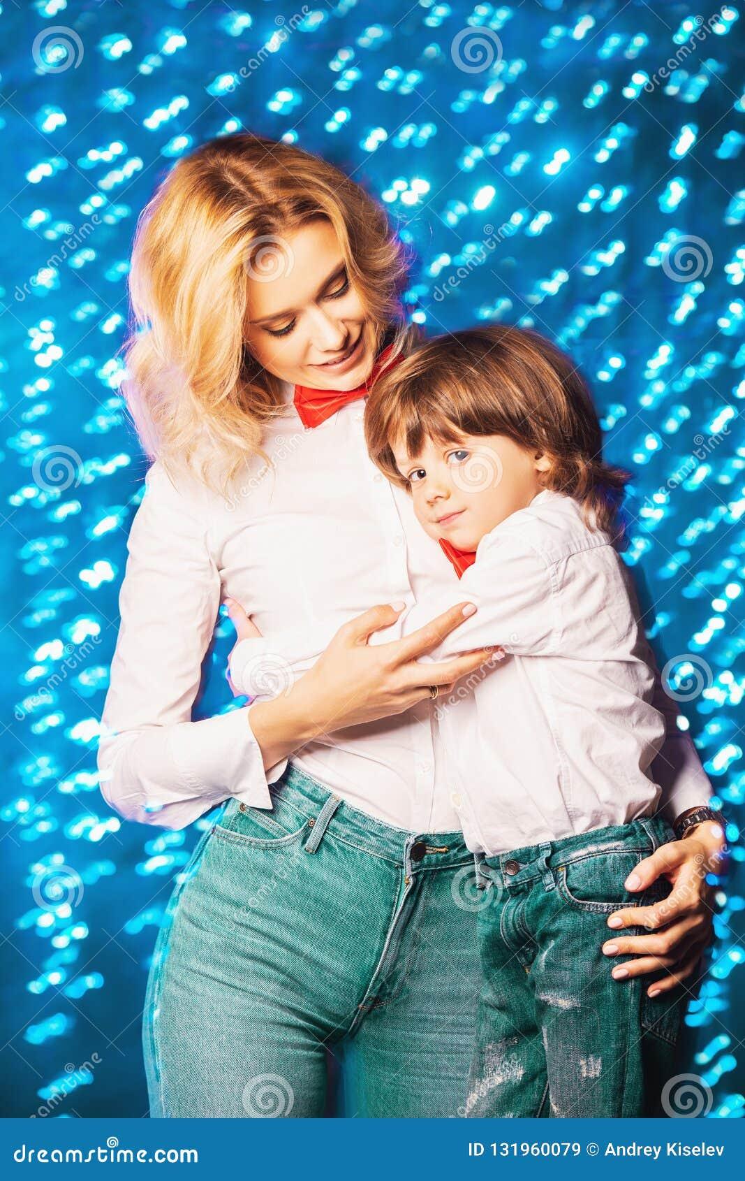 Mamã feliz com filho