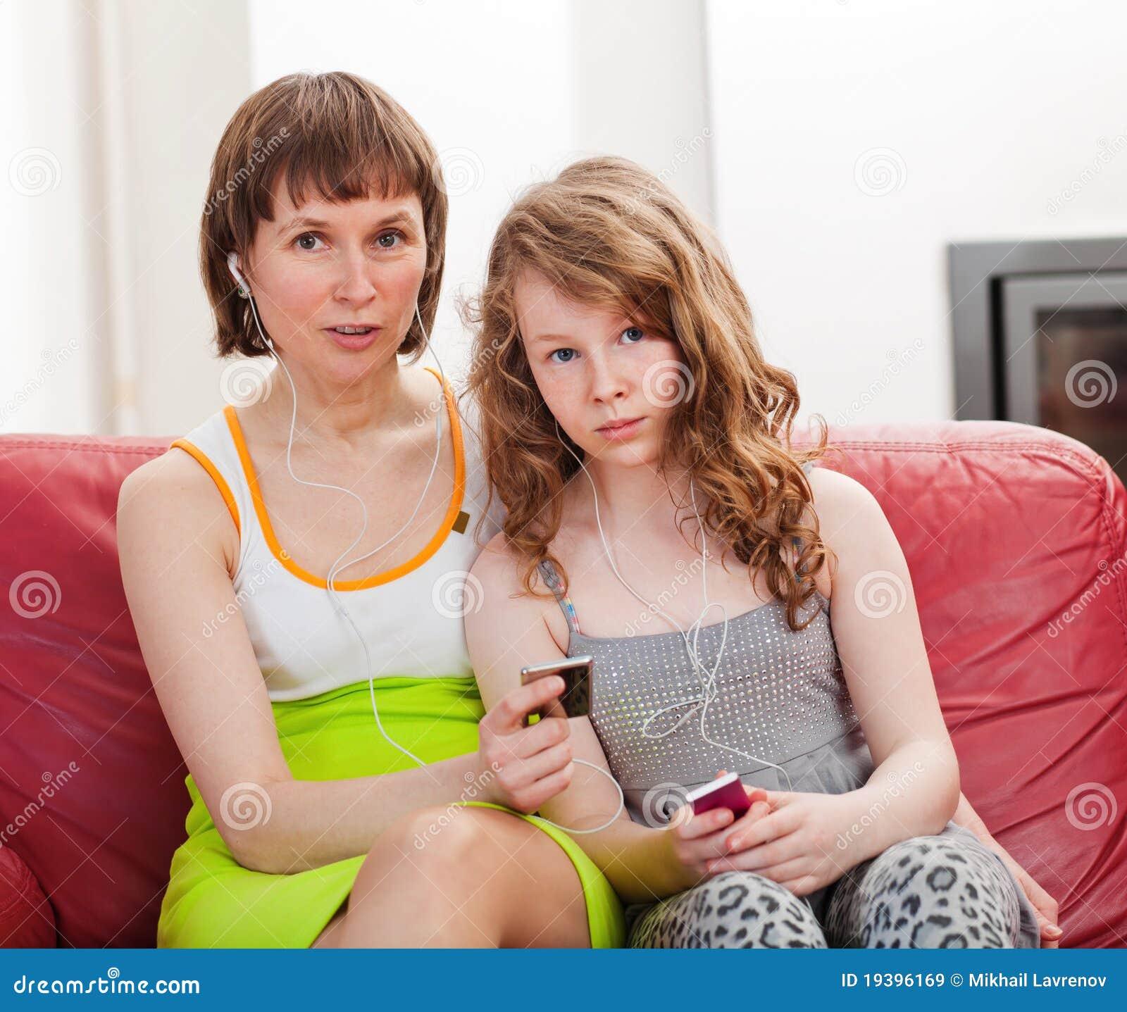 Смотреть мама доч 18 фотография