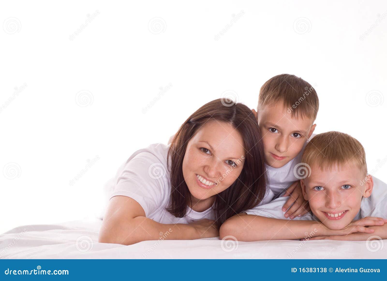 Mama z dwa dziećmi