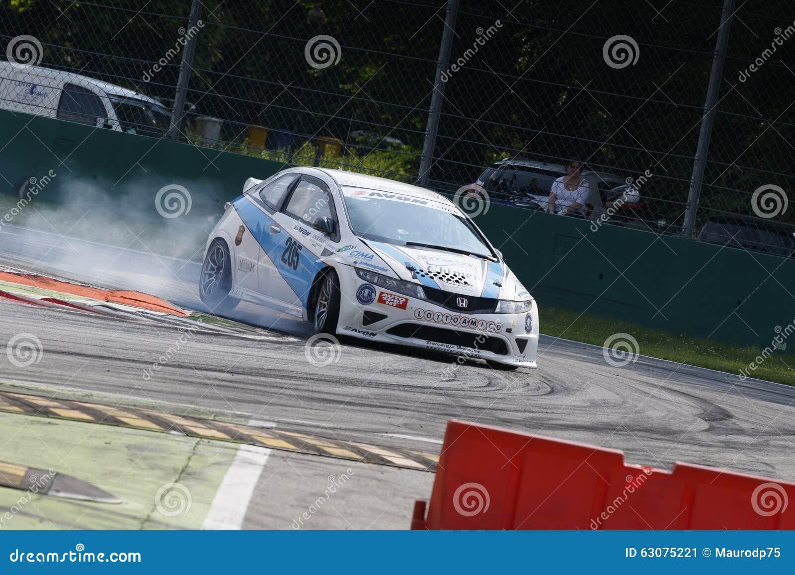 Download Mamie Turismo De Campionato Italiano Photo éditorial - Image du vitesse, réussite: 63075221