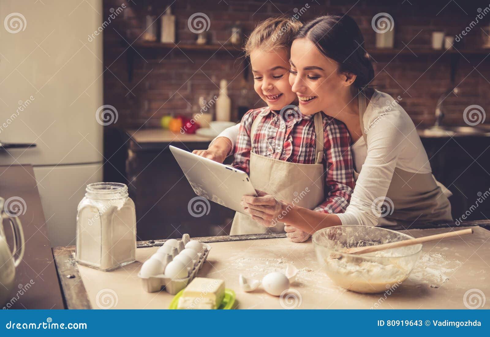 Mamma en dochterbaksel