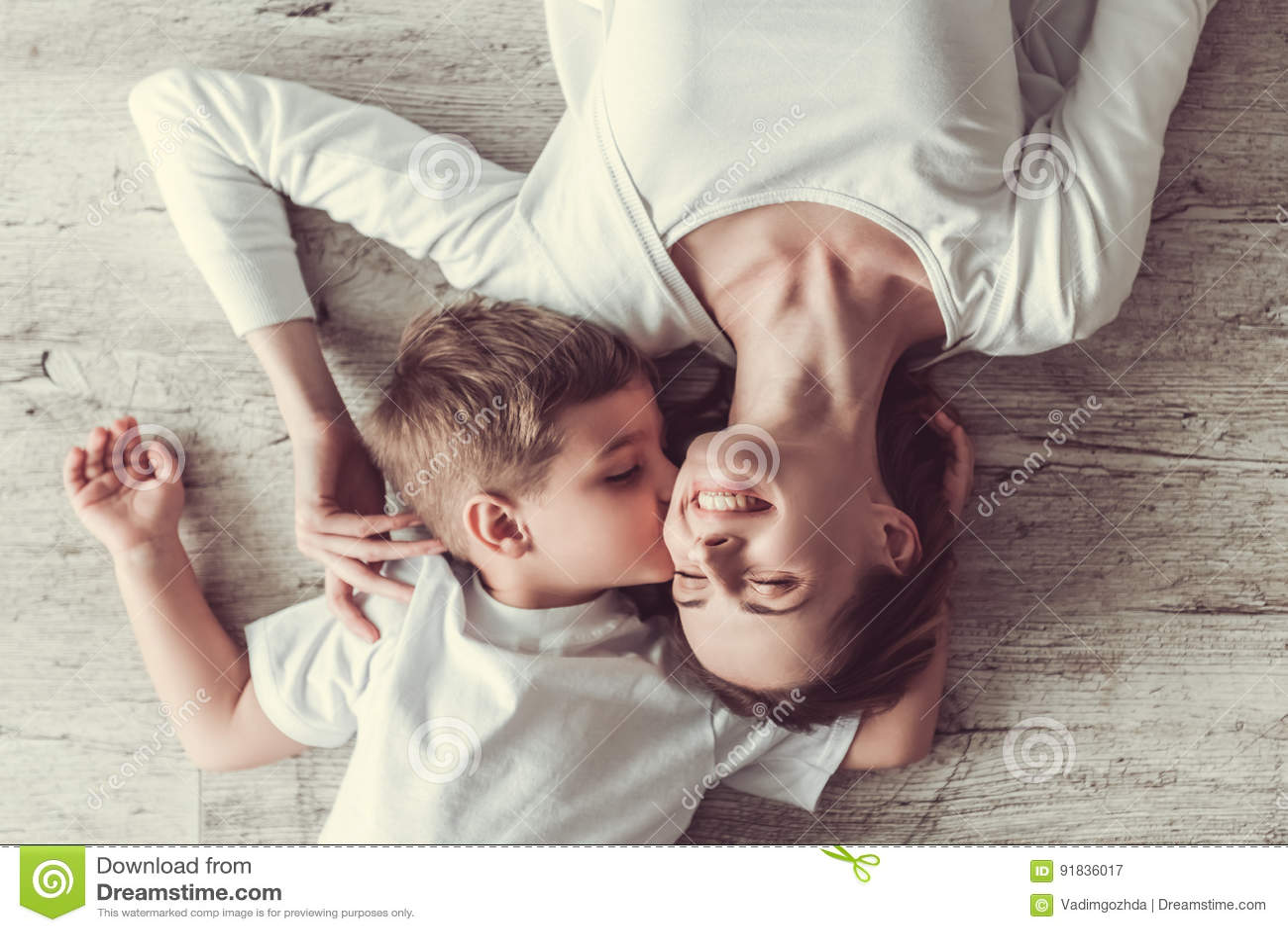 Mamma und Sohn