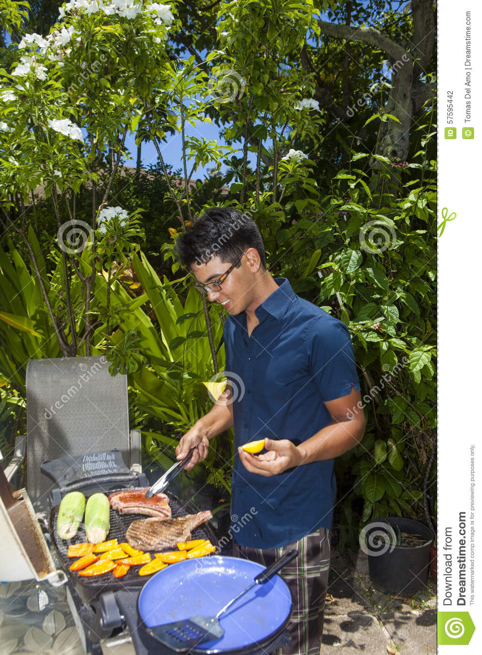 asian single men in hawaiian gardens 90716 is a densely populated, upscale urban zip code in hawaiian gardens, california the population is racially diverse, younger, and about evenly divided between singles and married.