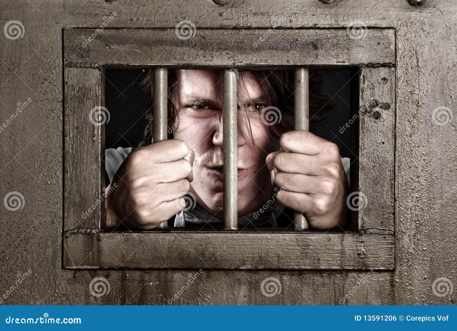 Транс в тюрьме 11 фотография