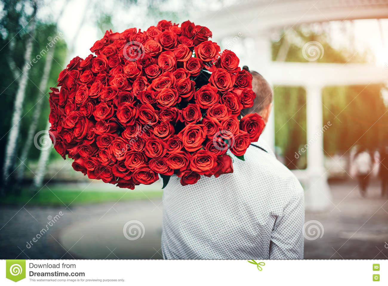 Man With Big Bouquet Of Roses Outdoor Stock Image Image Of Beauty