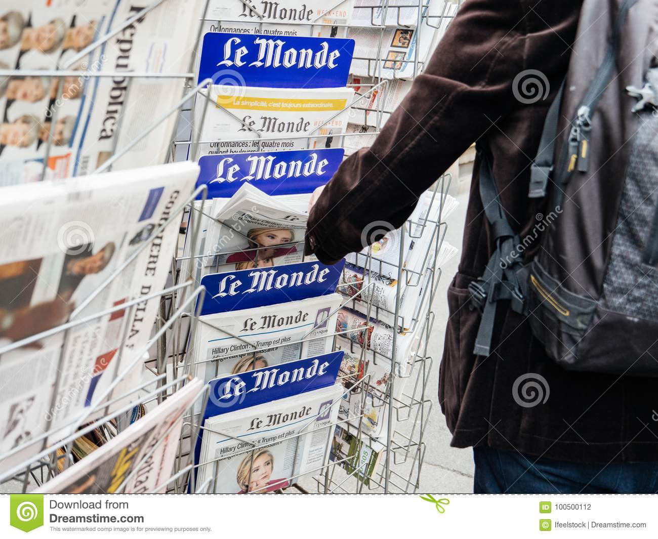 Man Buyin Le Monde Press Newspaper Kiosk Paris Editorial