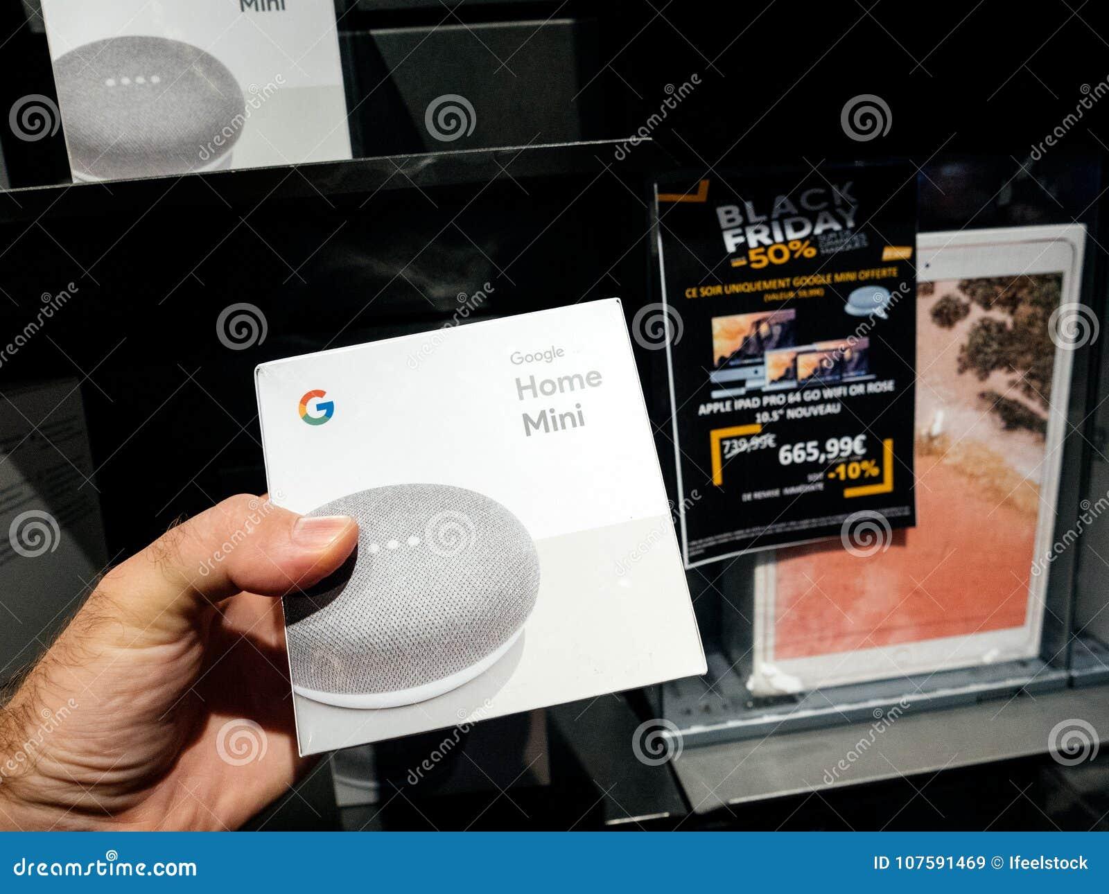 Man Buying Google Home Mini During Black Friday Editorial Stock Image Image Of Reading Fnac 107591469