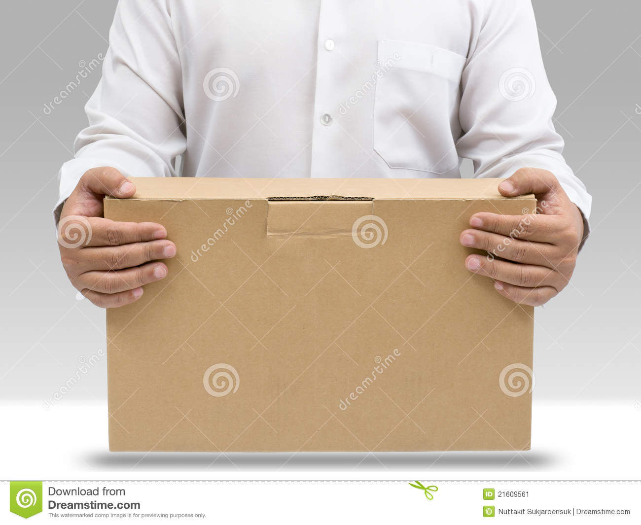 how to carry a box