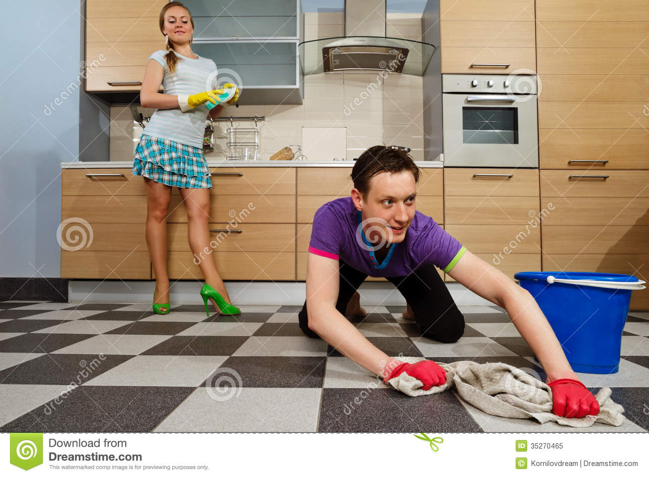 Man Cleaning Floor Royalty Free Stock Photo - Image: 35270465 Vacuum Clipart