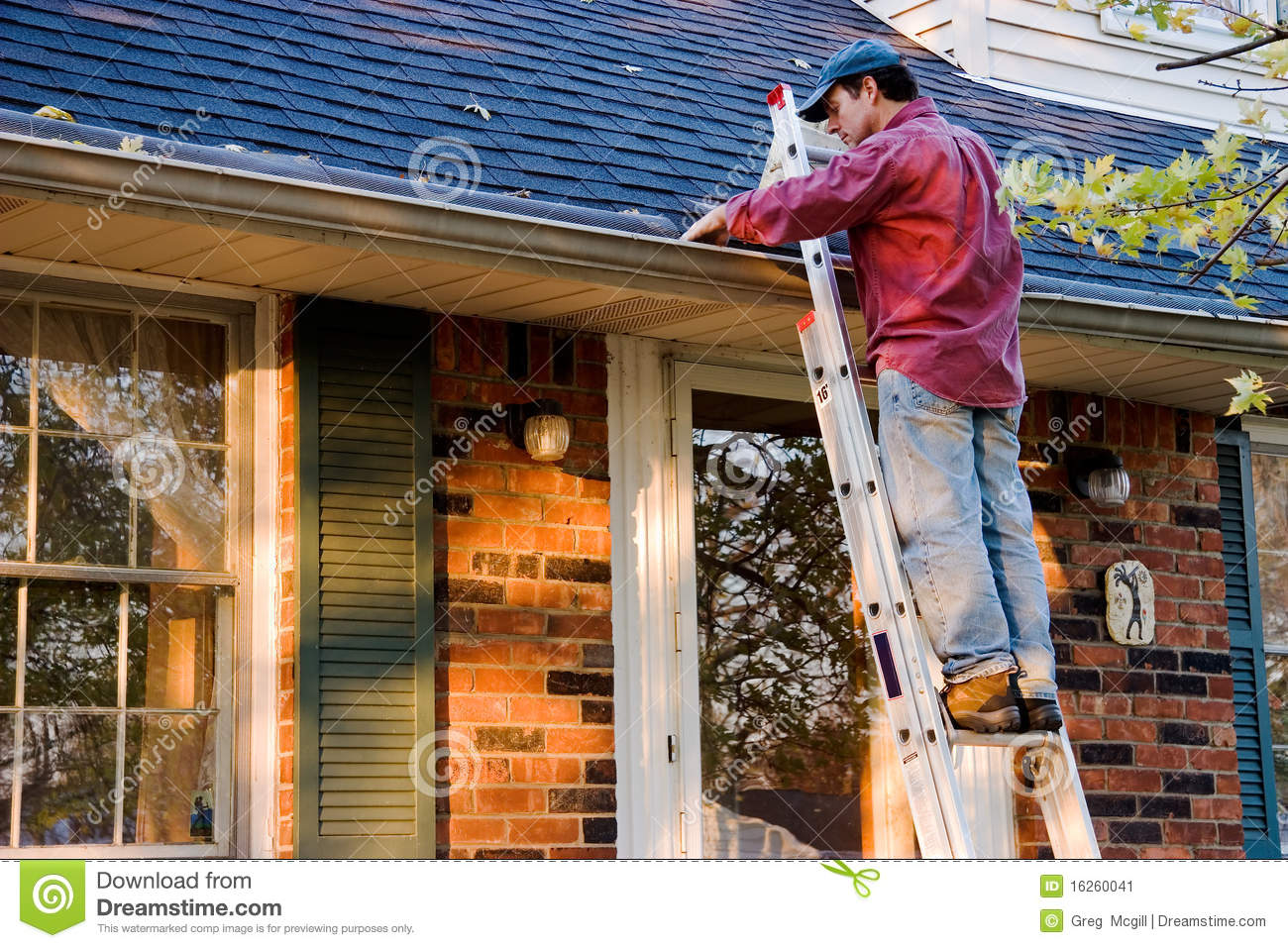 Man Cleaning Gutters Stock Image Image Of Gutter Roof