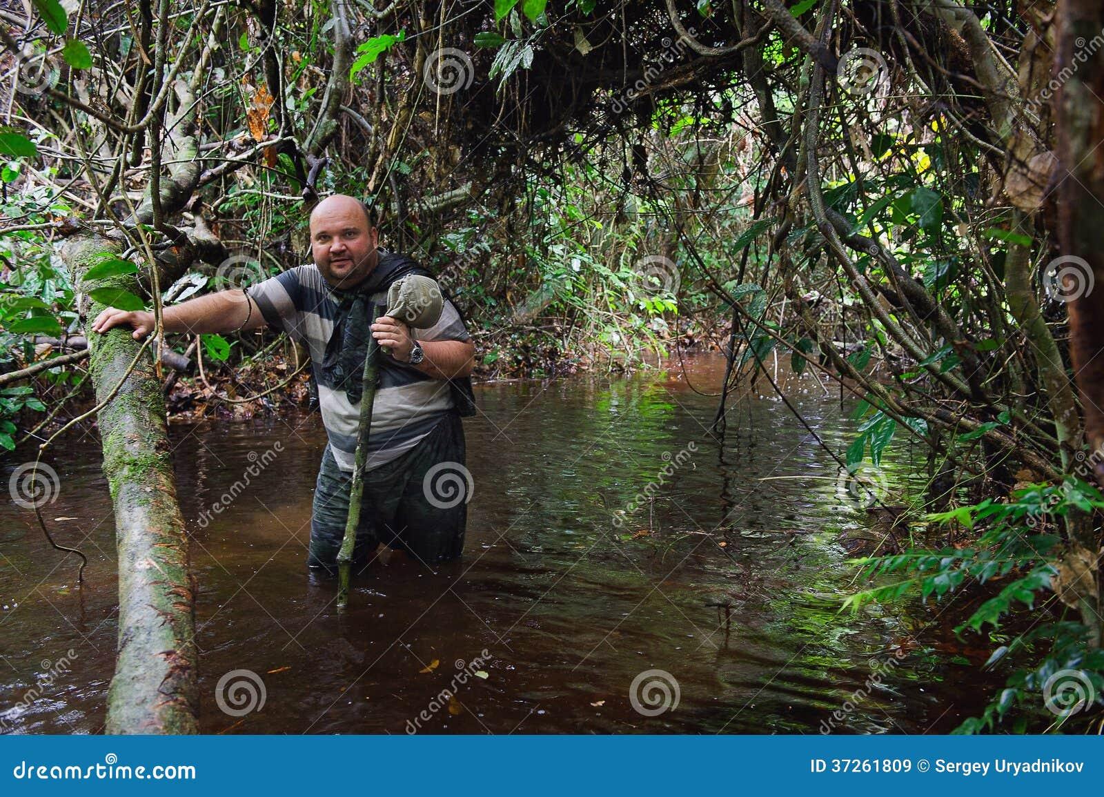 Tarzan en la selva - 1 10