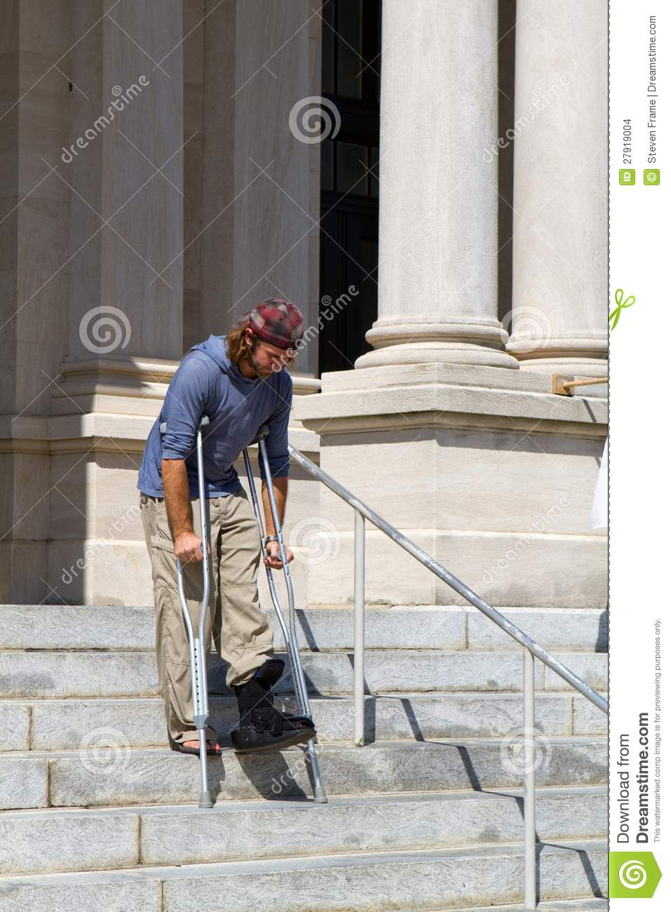 Man On Crutches Stock Images Image 27919004