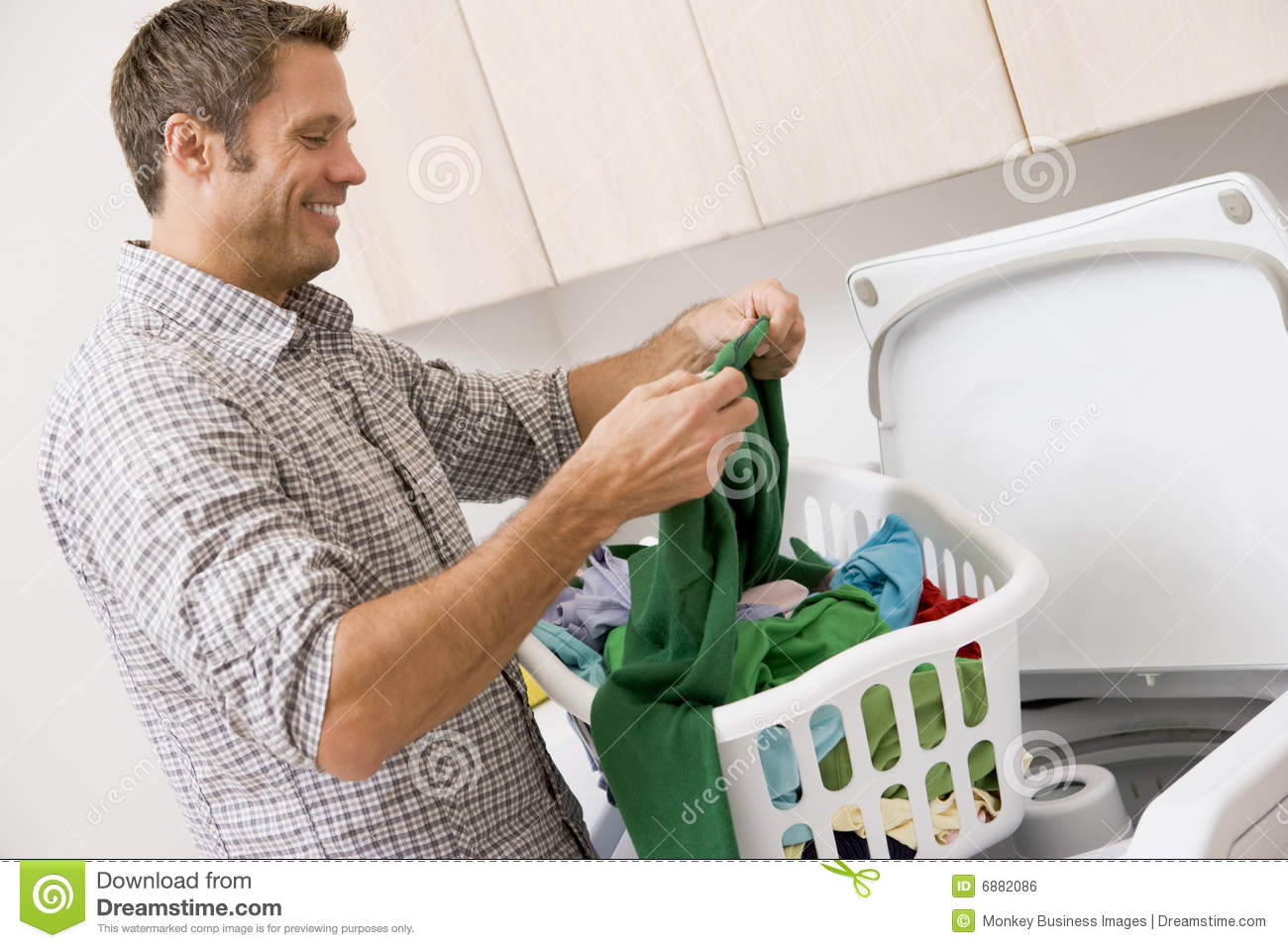 man doing laundry royalty free stock image image 6882086 laundry room clipart black and white laundry room clip art silhouette