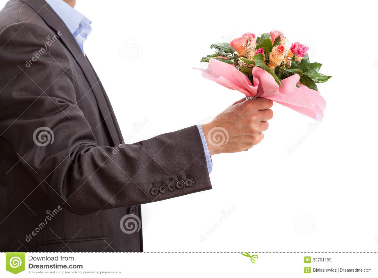 Flowers on first date yes or no