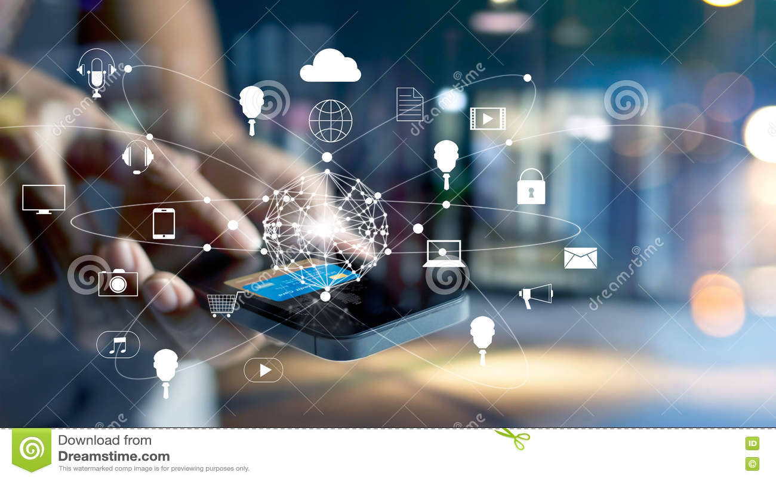 Man genom att använda online-shopping för mobila betalningar och anslutning för symbolskundnätverk på den skärm-, M-bankrörelsen