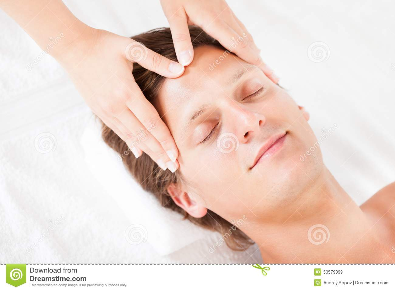 Man getting head massage stock photo image 50579399 for Salon younga